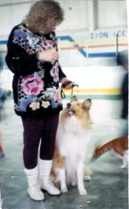 Dogs Me and Annie at dogshow 001